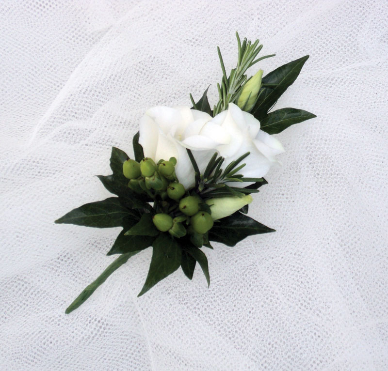Wedding Flowers And Corsages : The florist winslow delivering high quality flowers for